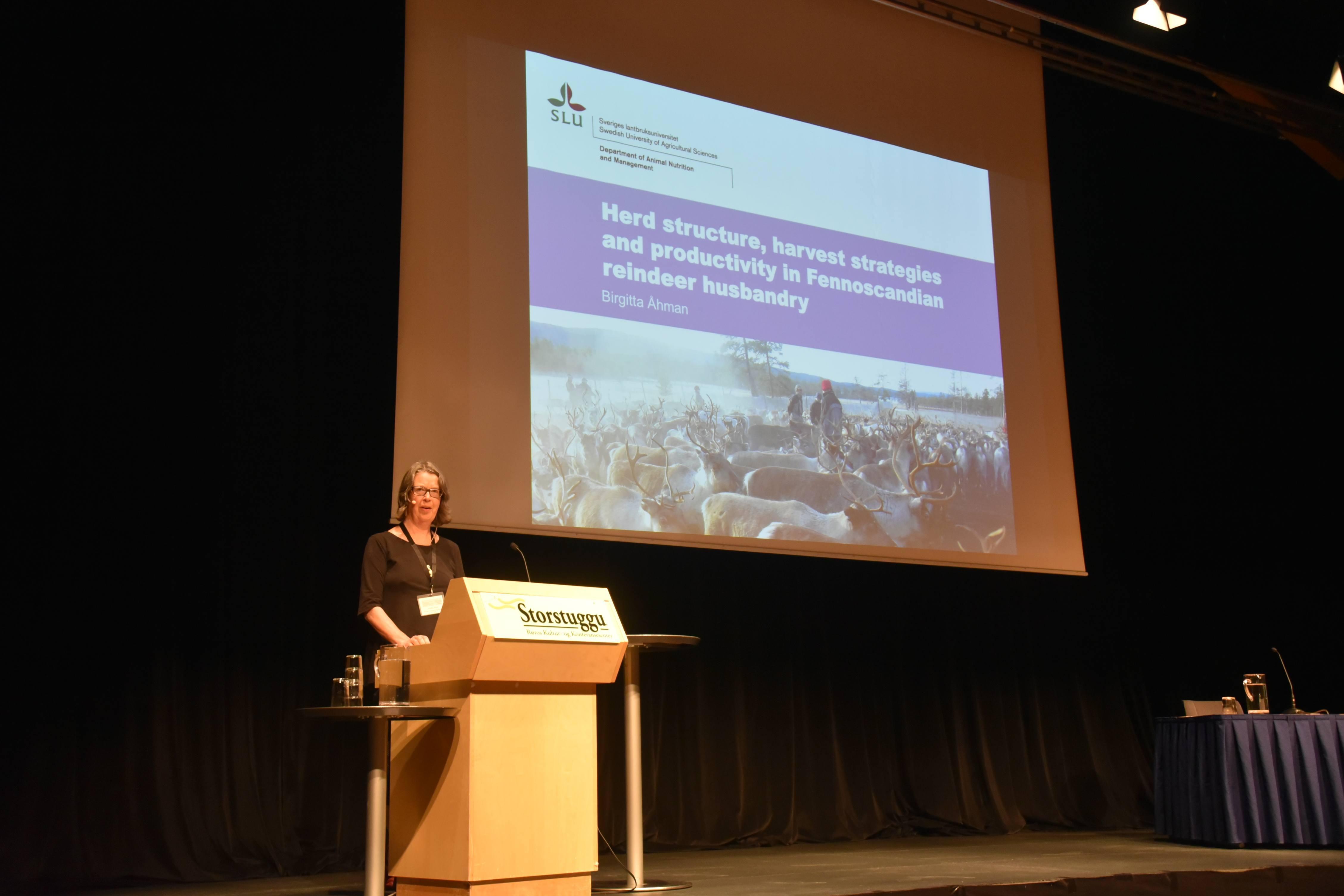 Professor Birgitta Åhman fra Sveriges lantbruksuniversitet. Foto: Manuela Panzacchi/NINA.